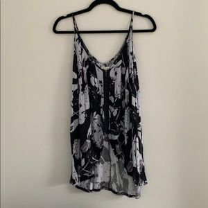 Silence + Noise Floral Tank. Size: S